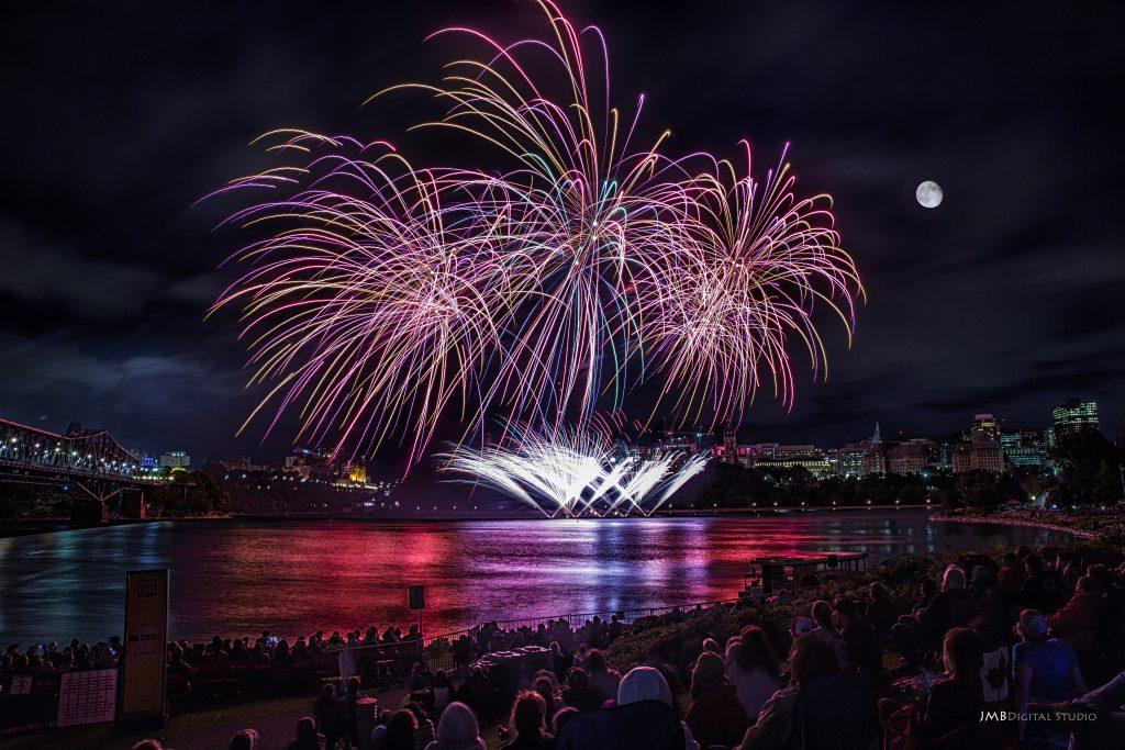 Les Grands Feux du Casino Lac-Leamy : le plus gros événement pyromusical au Québec cet été!